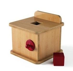 boite-a-formes-avec-cube