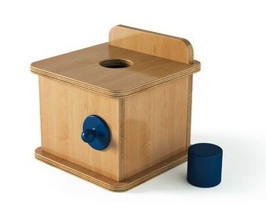 boite-a-formes-avec-cylindre
